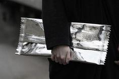 Margiela for H silver wrapper clutch bag Weird Fashion, Love Fashion, Bronn, Silver Blonde, Candy Wrappers, Everyday Bag, Clutch Bag, Fashion Bags, Easy Diy