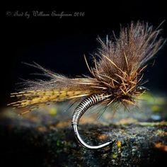 Emerger on Fliegentom hook FT7259HQ size 12 #flyfishing #flytying #flugbindning…