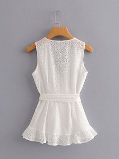 Eyelet Embroidered Wrap Blouse -back side Casual Skirt Outfits, Girly Outfits, Casual Dresses, Fashion Outfits, Blouse Wrap, Mode Boho, Blouse Outfit, Ladies Dress Design, Fashion 2020