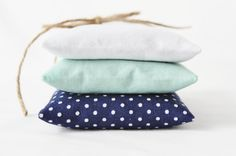 mint and navy polka wedding colors?