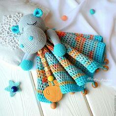 Amigurumi Uyku Arkadaşı Modelleri - Hook Tutorial and Ideas Crochet Security Blanket, Crochet Lovey, Baby Girl Crochet, Newborn Crochet, Cute Crochet, Baby Blanket Crochet, Crochet For Kids, Crochet Dolls, Crochet Blanket Patterns