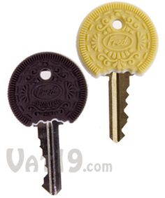 CooKeys Key Caps: Duo of chocolate and vanilla key covers