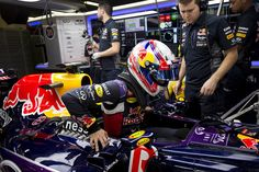 Gasly gets on the gas in Barcelona | Infiniti Red Bull Racing