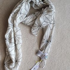 """STYLISH BCBG SCARF NWT PERFECT CHRISTMAS GIFT!!!  Brand new with tags BCBG Generation scarf.  100% polyester.  From Macy's.  Measures 71"""" long, 30"""" wide.  Beautiful! BCBGeneration Accessories Scarves & Wraps"""
