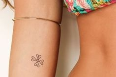 50 beautiful minimalist and tiny tattoos from geometric shapes to linear patterns