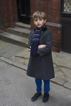 Founded in Caramel creates luxury womenswear, childrenswear and homewares. Its clothes are underpinned by understated sophistication, a refined simplicity, functionality and an extraordinary attention to detail. Mom And Son Outfits, Cute Boy Outfits, Little Boy Outfits, Kids Outfits, Weird Fashion, Boy Fashion, Baby Boy Cowboy, Cute Blonde Boys, Little Boy Haircuts