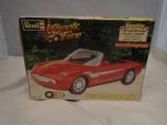 NEW THUNDERBIRD REVELL 1:25 SCALE VINTAGE SKILL 1 PLASTIC MODEL KIT #85-1916 #Revell