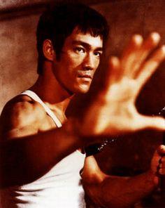 16 lições de Bruce Lee – para quê ler sobre suas lições?