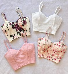 Croped roupas bonitas, roupas estilosas, sapatos, roupa do dia, roupa de ve Crop Top Outfits, Cute Casual Outfits, Teen Fashion Outfits, Mode Outfits, Party Outfits, Dress Fashion, Trendy Dresses, Simple Dresses, Diy Simple Dress