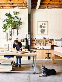 Melbourne furniture maker Nick McDonald of Made By Morgen invites us inside his warehouse home and studio. design studio Made By Morgen Home And Studio Workshop Studio, Workshop Design, Home Workshop, Garage Art Studio, Home Studio, Art Studio Design, Art Studio Spaces, Box Design, Warehouse Home