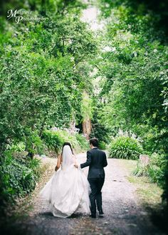 Bride and groom walking together at Chateau Wyuna (scheduled via http://www.tailwindapp.com?utm_source=pinterest&utm_medium=twpin&utm_content=post859089&utm_campaign=scheduler_attribution)
