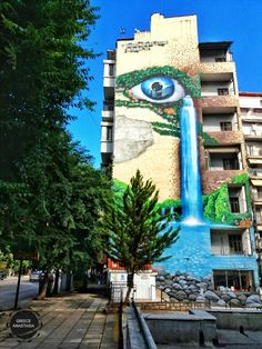 Greece.Thessaloniki.Egnatia street. Greece Thessaloniki, Zorba The Greek, Chalk Art, Macedonia, Greece Travel, Graffiti Art, Art And Architecture, Travel Destinations, Tourism