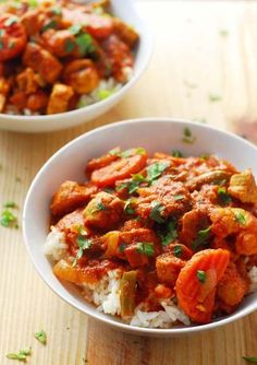 Best South African dinner recipes to spice up your weeknight meals. Cape Malay Chicken And Vegetable Curry Traditional South African food recipes and easy side dishes that make the perfect weeknight dinners. South African Dishes, South African Recipes, Mexican Food Recipes, Dinner Recipes, Ethnic Recipes, Oven Recipes, Moroccan Recipes, Cooking Recipes, Dinner Ideas