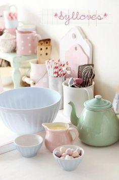 Love the green teapot