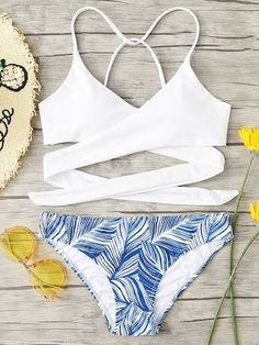 Shop Criss Cross Wrap Top With Leaf Print Bikini Set online. SHEIN offers Criss Cross Wrap Top With Leaf Print Bikini Set & more to fit your fashionable needs. Bathing Suits For Teens, Summer Bathing Suits, Swimsuits For Teens, Cute Bathing Suits, Bathing Suits Strapless, Women Bathing Suits, Target Bathing Suits, Women Swimsuits, Women's Plus Size Swimwear
