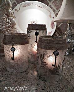 Artsy VaVa: Upcycled Pickle & Olive Jars - decoupage with napkins Pot Mason, Mason Jar Crafts, Bottle Crafts, Mason Jars, Bottles And Jars, Glass Bottles, Olive Jar, Old Keys, Jar Art