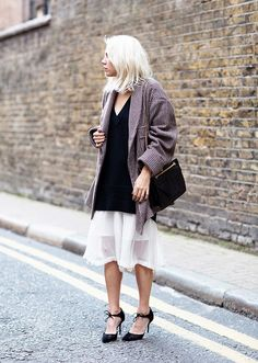 Fall Outfit Ideas Built Around Our Favorite Skirts