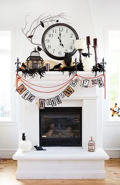 Halloween is about getting spooked. And that usually means you require scary Halloween decorations. Halloween offers an opportunity to pull out all the decorating stop. So get ready to spook up your home with some spooky Halloween home decor ideas below. Décoration Table Halloween, Halloween Orange, Black White Halloween, Halloween Fireplace, Holidays Halloween, Halloween Diy, Happy Halloween, Fireplace Mantel, Fireplace Decorations