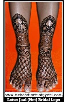 Jyoti Chhedas mehndi design gallery. Mehandi Art Designs done on different occasions. Easy Henna, Simple Henna, Bridal Mehndi Designs, Henna Designs, Mehndi Desighn, Beautiful Rangoli Designs, Bindi, Henna Patterns, Mehendi