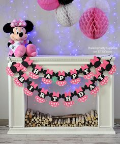 Really unique birthday banner for any Minnie Mouse birthday party! I wanted to create something that has never been seen before and I thought that it would be super cute to add a skirt :) It turned out great and upon buyers requests I have now several variations of this banner.