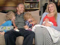 Kerri Walsh: tre medaglie d'oro, tre bambini     http://chepalle.gazzetta.it/2013/04/09/tre-medaglie-doro-tre-bambini/