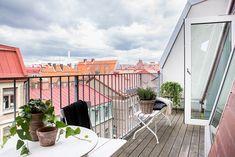 Modern duplex in Gothenburg with fabulous design features