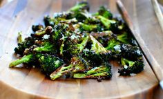 Vegetable Recipe! Broccoli with Parmesan Cheese | http://diyready.com/27-really-delicious-vegetable-recipes-healthy-recipes/