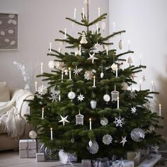 The 20 most beautiful Christmas tree pendants in silver and gold - Decorations & Holiday Decor