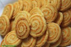 Nem is Sanyi a király. A sajtoscsiga - Vágott Vegyes Kenya, Sausage, Almond, Food And Drink, Bread, Snacks, Cookies, Baking, Cake