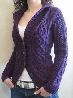 Blackberry Cabled Cardigan, by Alexandra Charlotte Dafoe. Cabled cardigan pattern via Ravelry. Knitting Patterns Free, Knit Patterns, Free Knitting, Free Pattern, Sweater Patterns, Loom Knitting, Stitch Patterns, Cable Cardigan, Knit Cardigan Pattern