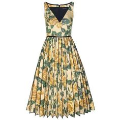 Marc Jacobs Collection Yellow Rose Chiné V-Neck Dress With Pleated... (€2.040) ❤ liked on Polyvore featuring dresses, floral print dress, silk floral dress, rose dress, floral pattern dress and yellow print dress