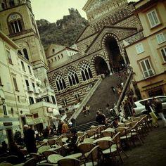 Foto tomada en Amalfi por Yulia B. el 3/27/2013