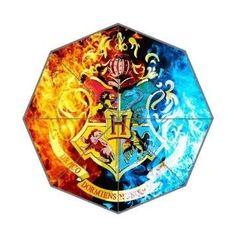 Hogwarts School Logo Custom Foldable Umbrella  //Price: $33.49 & FREE Shipping //     #peterpettigrew #nevillelongbottom #prongs #jewelry #snitch Harry Potter Gifts, Harry Potter Outfits, Harry Potter Love, Harry Potter Hogwarts, Draco Malfoy, Hermione Granger, Saga, Peter Pettigrew, Neville Longbottom