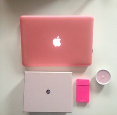 Mac book. Glossy box