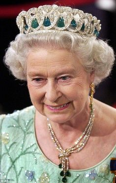 A more recent image of Queen Elizabeth wearing the emerald version