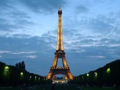 Paris à  Noite...