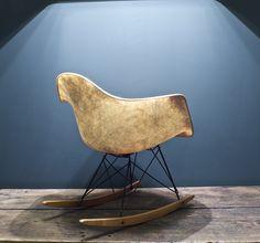 Eames, Rocker Chair, 1. Generation, Checker Label, Rope Edge.