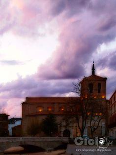 Iglesia de San Miguel Arcángel en Medina del Campo el 14 de abril de 2013