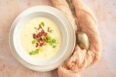 Zemiaková polievka na kyslo - Recept - Lenivá Kuchárka Hummus, Cantaloupe, Fruit, Ethnic Recipes, Food, Kitchens, Drinks, Recipes, Homemade Hummus