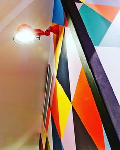 Very cool @jieldeofficiel light that we put in our Thornbury job. Electrical wiring done by @theelectriccrew   #interiordesign #jielde #design #electrician #featurelighting #lights #living #home