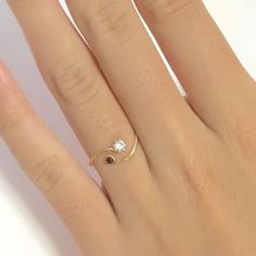 Yellow Gold over Real 925 Sterling Silver Simple Red Round Classic Bypass Ring Gold Necklace Simple, Simple Jewelry, Cute Jewelry, Jewelry Accessories, Jewelry Design, Simple Gold Rings, Gold Ring Designs, Gold Bangles Design, Fashion Rings