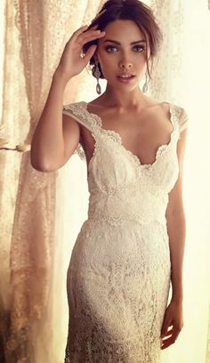 DRESS. Gorgeous Bridal Collection by Anna Campbell