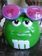 M M Ceramic Candy Cookie Jar Red M M with green kisses Candy Cookies, Optician, Cookie Jars, Eye Candy, Ceramics, Red, Ebay, Image, Ceramica
