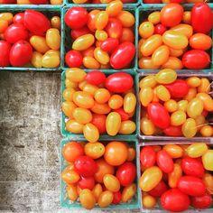 You say tomato & I say tomaaaaahhhhhto #inthahood  Whoreallysaysthatville