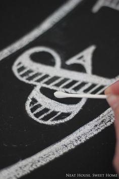 Chalkboard Lettering in 5 Easy Steps - Chalkboard Art for Beginners Chalkboard Markers, Chalkboard Lettering, Chalkboard Designs, Chalk Markers, Diy Chalkboard, Copic Markers, Chalkboard Sayings, Chalkboard Writing, Alphabet Signs