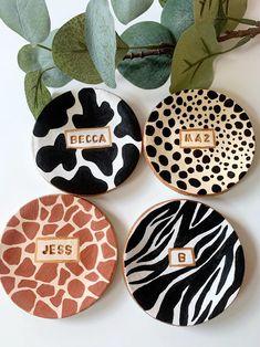 Pottery Painting, Ceramic Painting, Zebra Painting, Ceramic Art, Ceramic Pottery, Pottery Art, Clay Plates, Keramik Design, Clay Art Projects