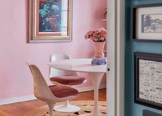 The Pink Dining Room Erik Designed BEFORE He Found His Apartment - Emily Henderson #pink #diningroom #homedesign #interiors Pink Dining Rooms, Dining Room Paint Colors, Dining Room Art, Dining Room Table Centerpieces, Dining Chairs, Chocolate House, Pink Walls, Decorating Small Spaces, Bunt