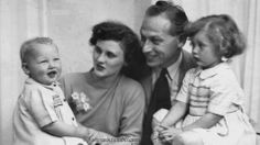 Mark, his sister Ruth, hid father Erwin and his mother Louisa