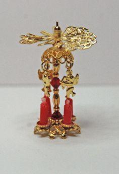 """Weihnachtspyramide (""""Bausatz"""" aus Perlen und Perlenkappen) Der """"Bausatz"""" ist von der Firma Bindels Ornaments"""