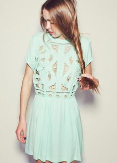 I want this dress... NOW.